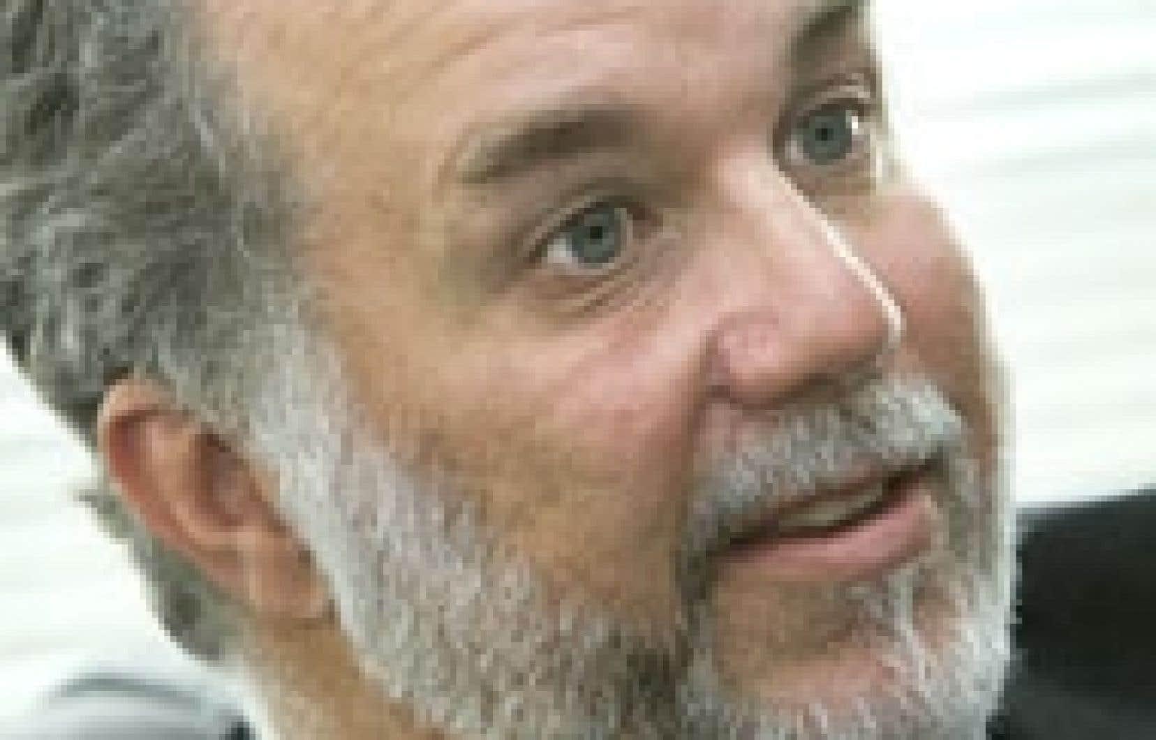 Le ministre de la Santé et des Services sociaux, Philippe Couillard, se dit préoccupé par la pénurie de médecins de famille et d'infirmières.