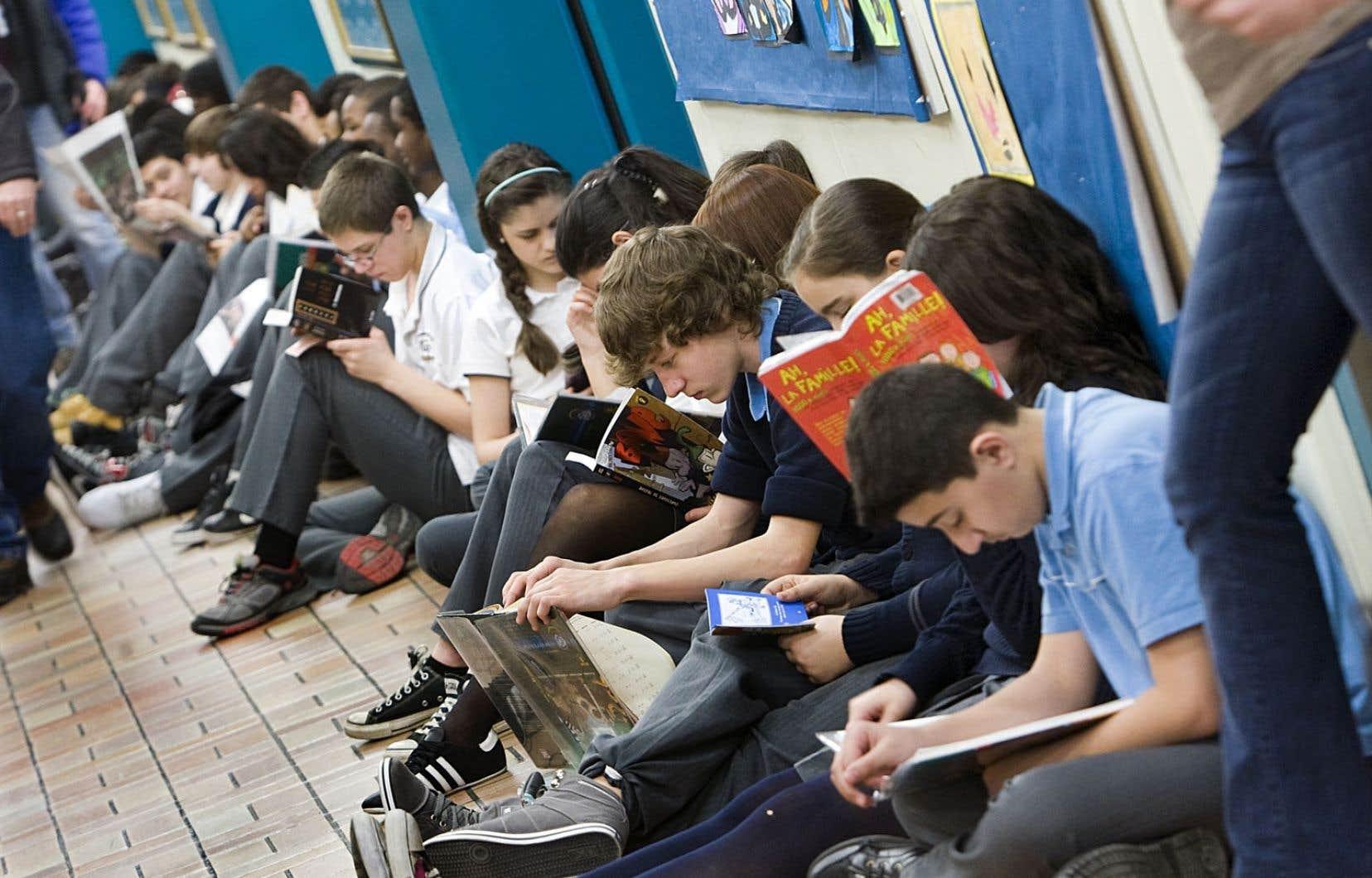 Les adolescents sondés par l'éditeur des <em>Débrouillards</em> ont affirmé qu'ils souhaitent avoir des informations pour décrypter ce qui se passe dans le monde.