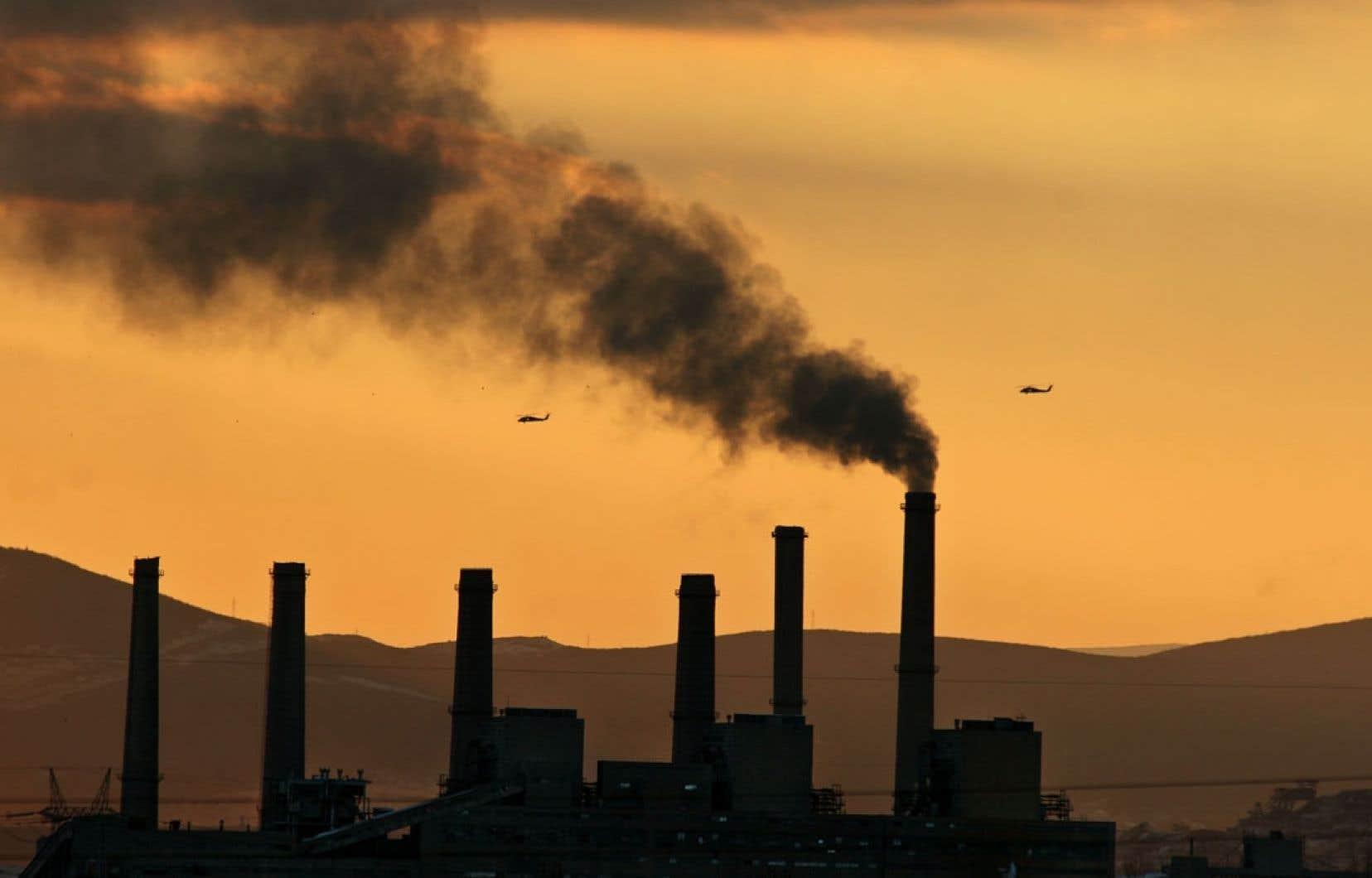 Il faut agir pour réduire les émissions de CO2, note le rapport de l'Agence internationale de l'énergie.