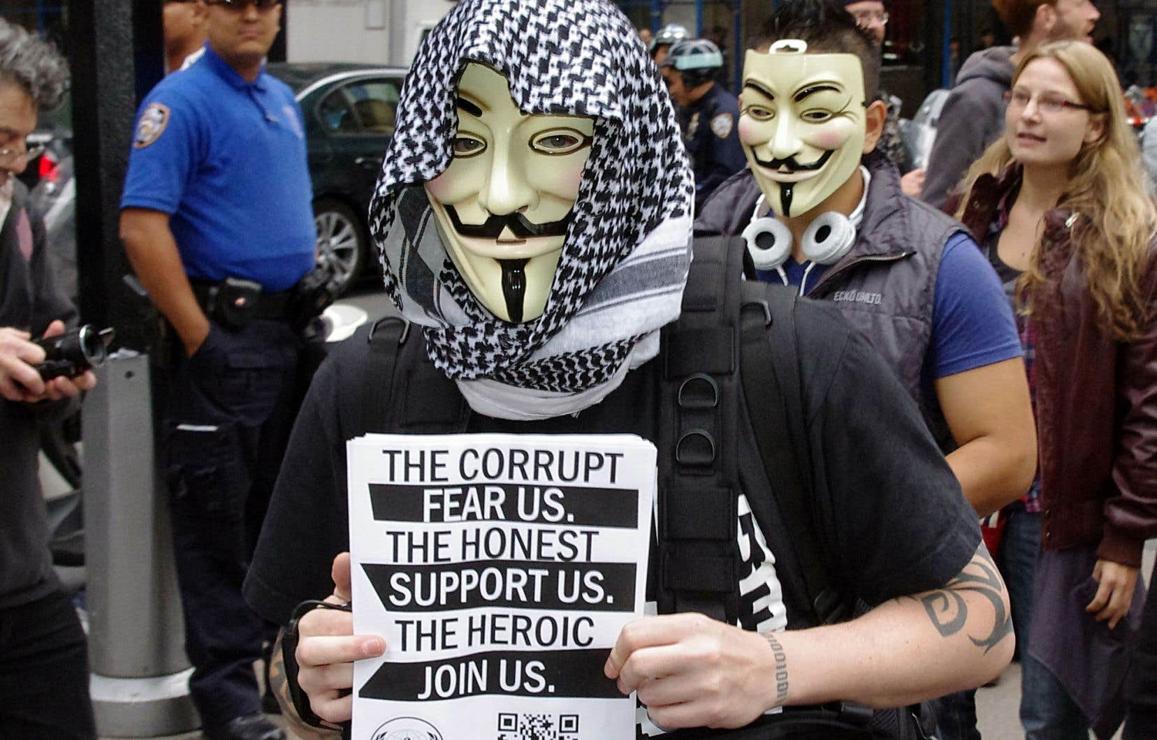 Les hacktivistes d'Anonymus suscitent la peur et sont assimilés à des terroristes.