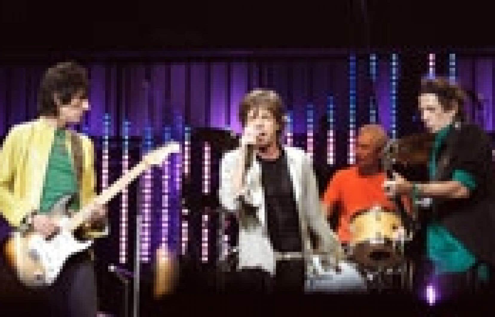 Les Rolling Stones n'auraient versé que 1,6 % de leurs revenus au fisc depuis deux décennies, affirme le journal britannique The Independent.