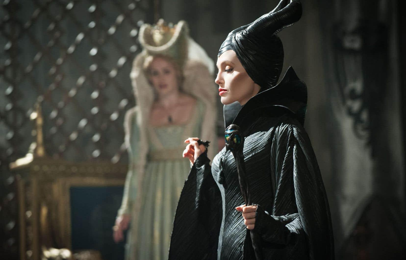 Angelina Jolie incarne Maléfique dans le film du même nom de Robert Stromberg.