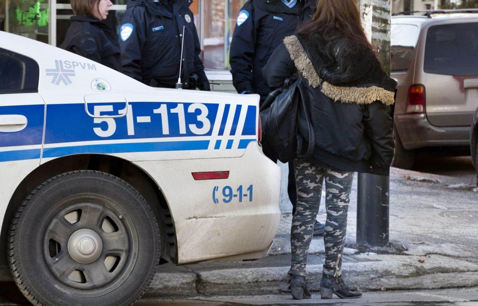 La Cour suprême a accordé un an à Ottawa pour accoucher, s'il le désire, d'un nouveau cadre légal à la prostitution.