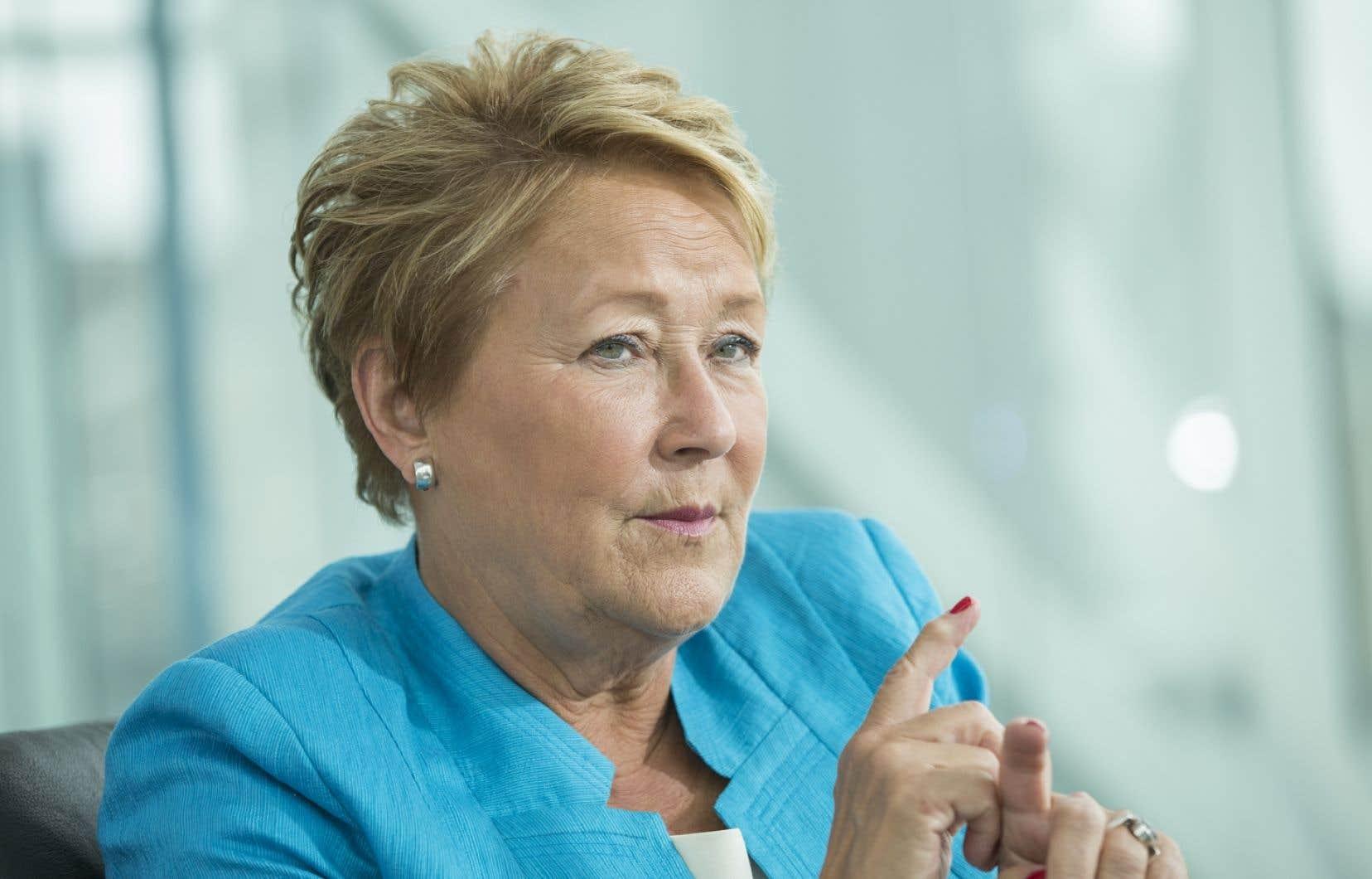 La chef démissionnaire du Parti québécois s'est adresséeà des dizaines de militants réunis samedi à Drummondville.