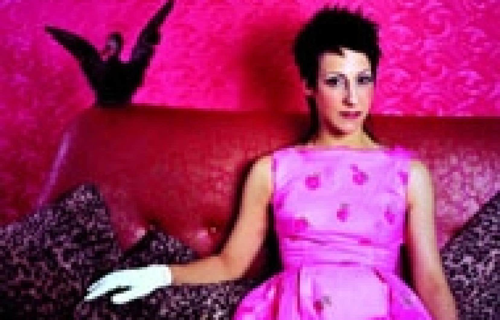 Lullaby Baxter: un nom inventé qui évoque les cabarets et autres «trucs mignons des années 50»...