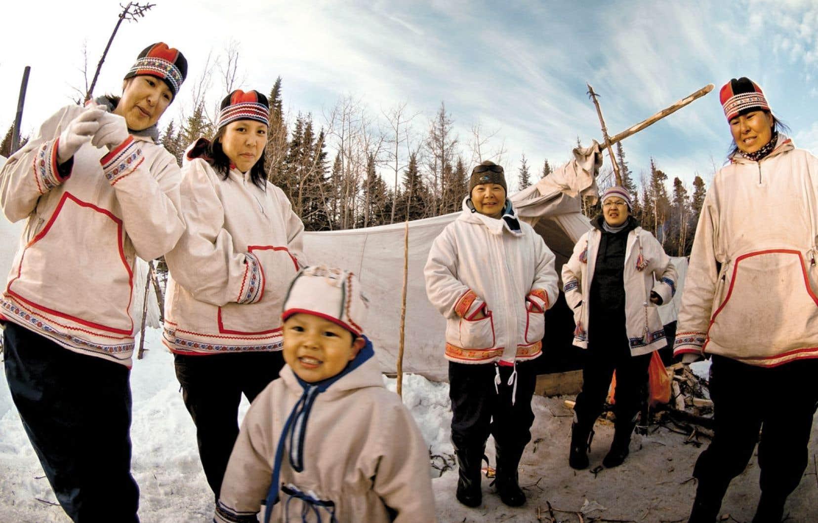 L'innu est l'une des langues autochtones les plus vivantes du Québec. Sur les quelque 13000 Innus de la province, une majorité parlent toujours leur langue, à différents degrés.
