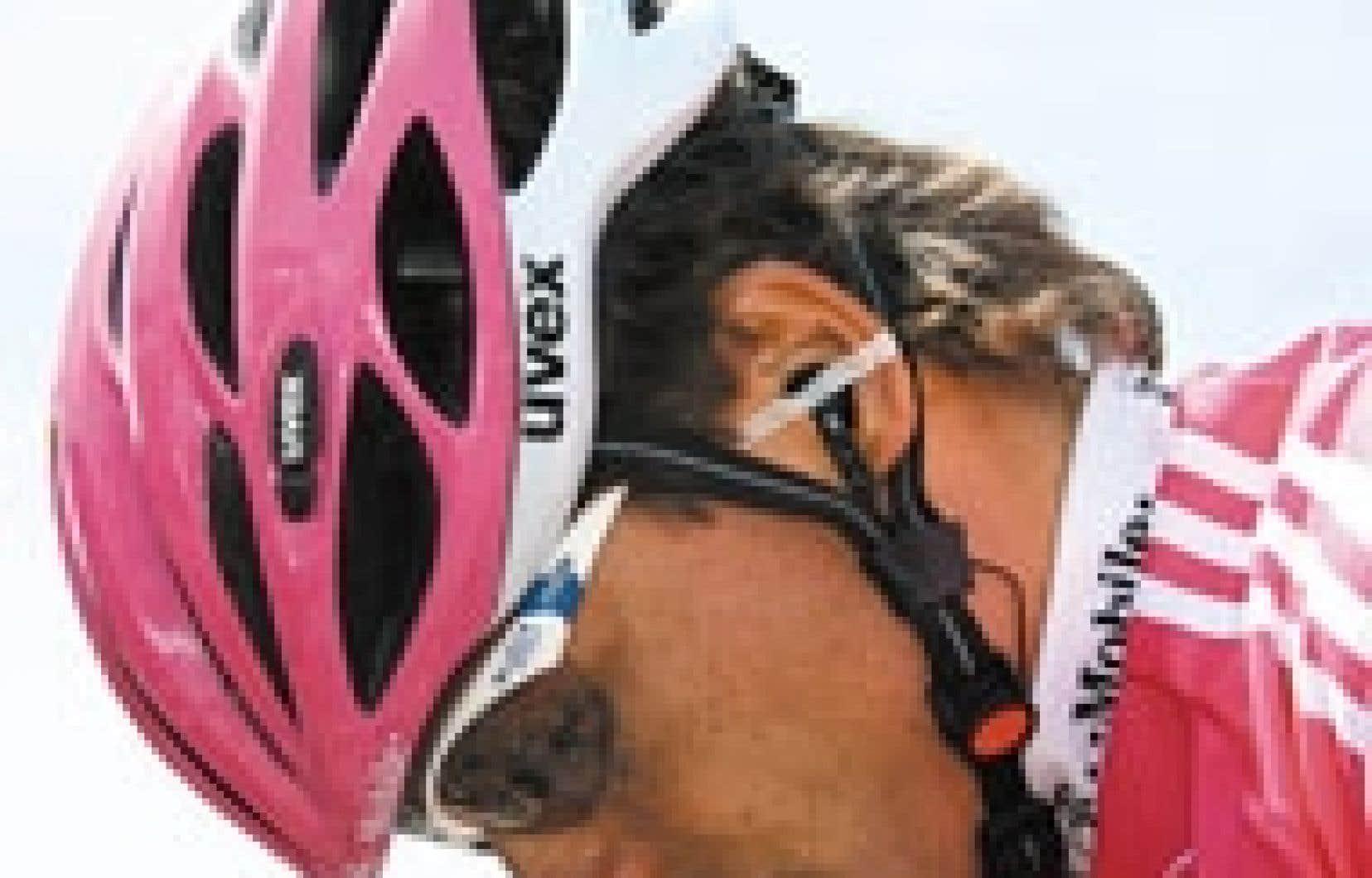 Les trois principaux favoris à la succession de Lance Armstrong au Tour de France ont été exclus de la ligne de départ hier. Après la suspension de Jan Ullrich (ci-dessus), déjà vainqueur en 1997, c'est au tour de l'Italien Ivan Basso et de l
