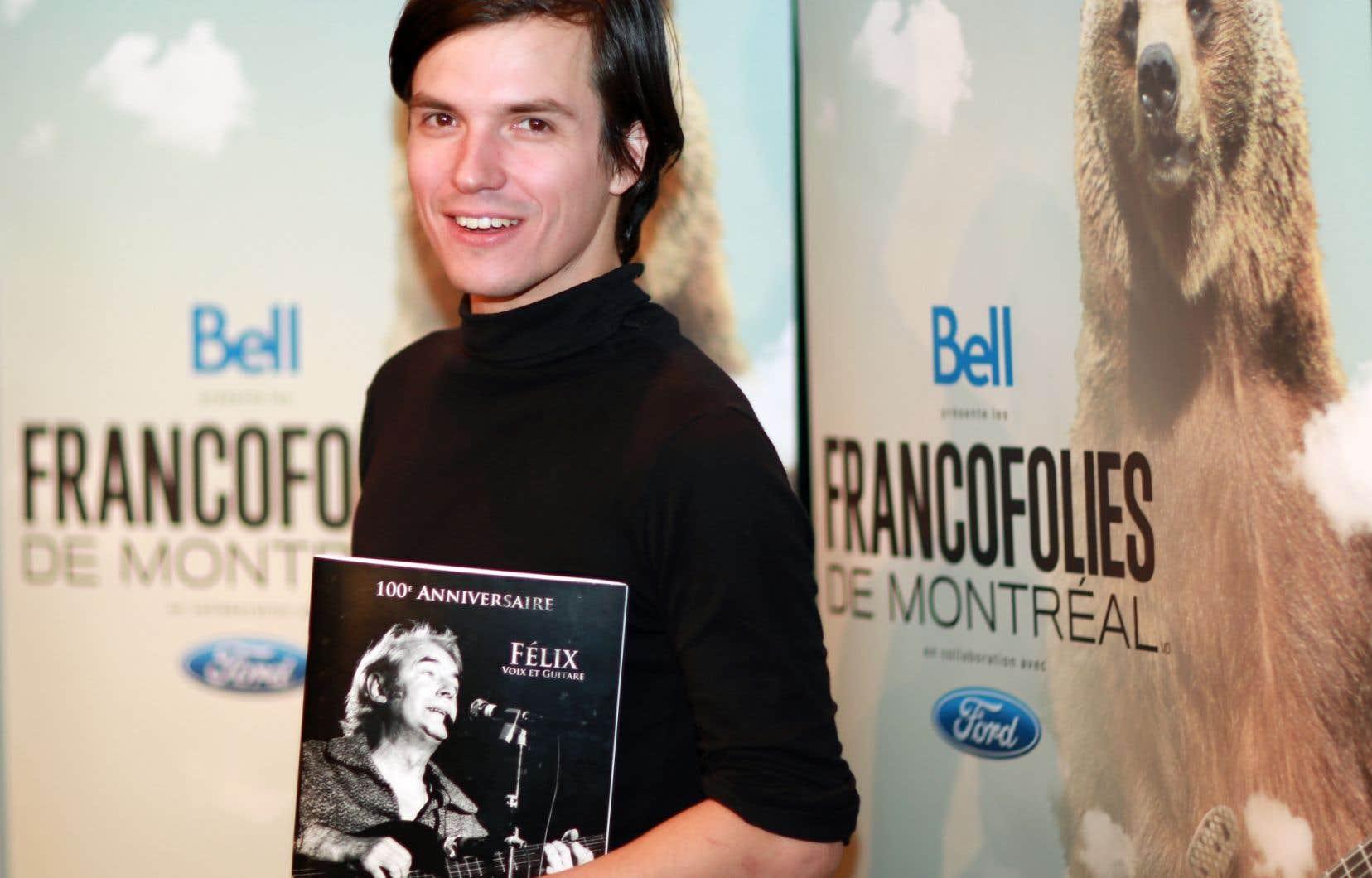 L'auteur-compositeur-interprète Philémon Cimon a remporté jeudi le volet québécois du prix Félix-Leclerc de la chanson 2014, remis dans le cadre des FrancoFolies de Montréal.