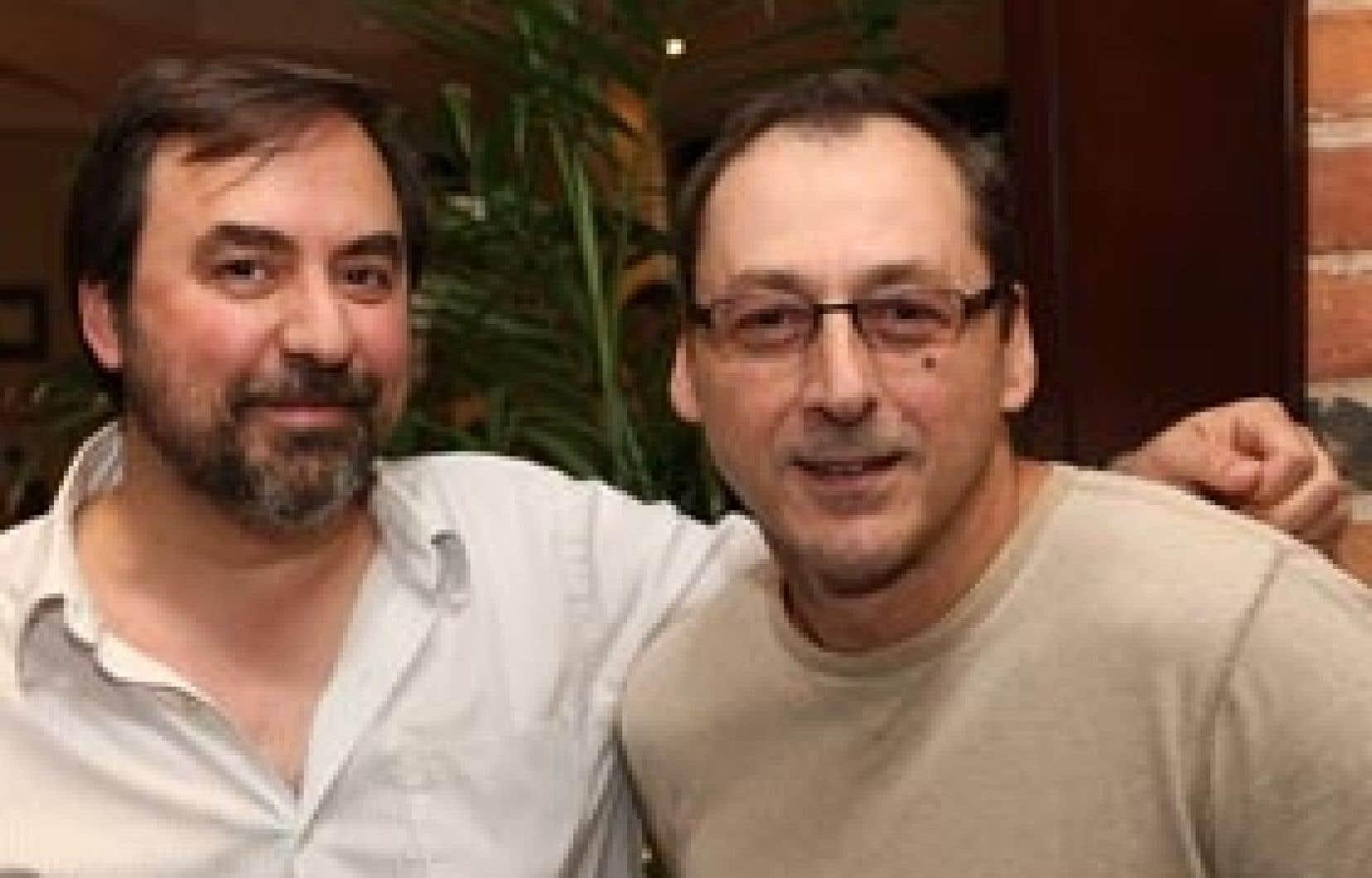 Sylvain Guy, scénariste et réalisateur du film Détour, en compagnie de Luc Picard
