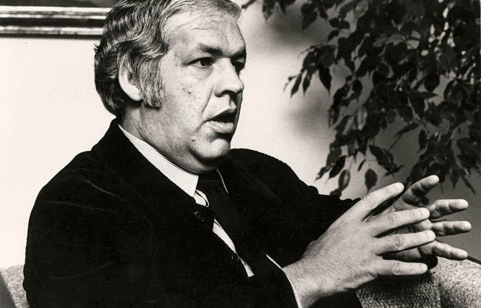 Denis Vaugeois est entré au Conseil des ministres en février 1978 comme ministre des Affaires culturelles.