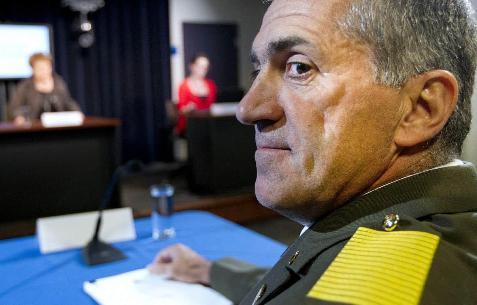 Le directeur général démissionnaire de la SQ, Mario Laprise, lors de son témoignage devant la commission Ménard en septembre 2013.