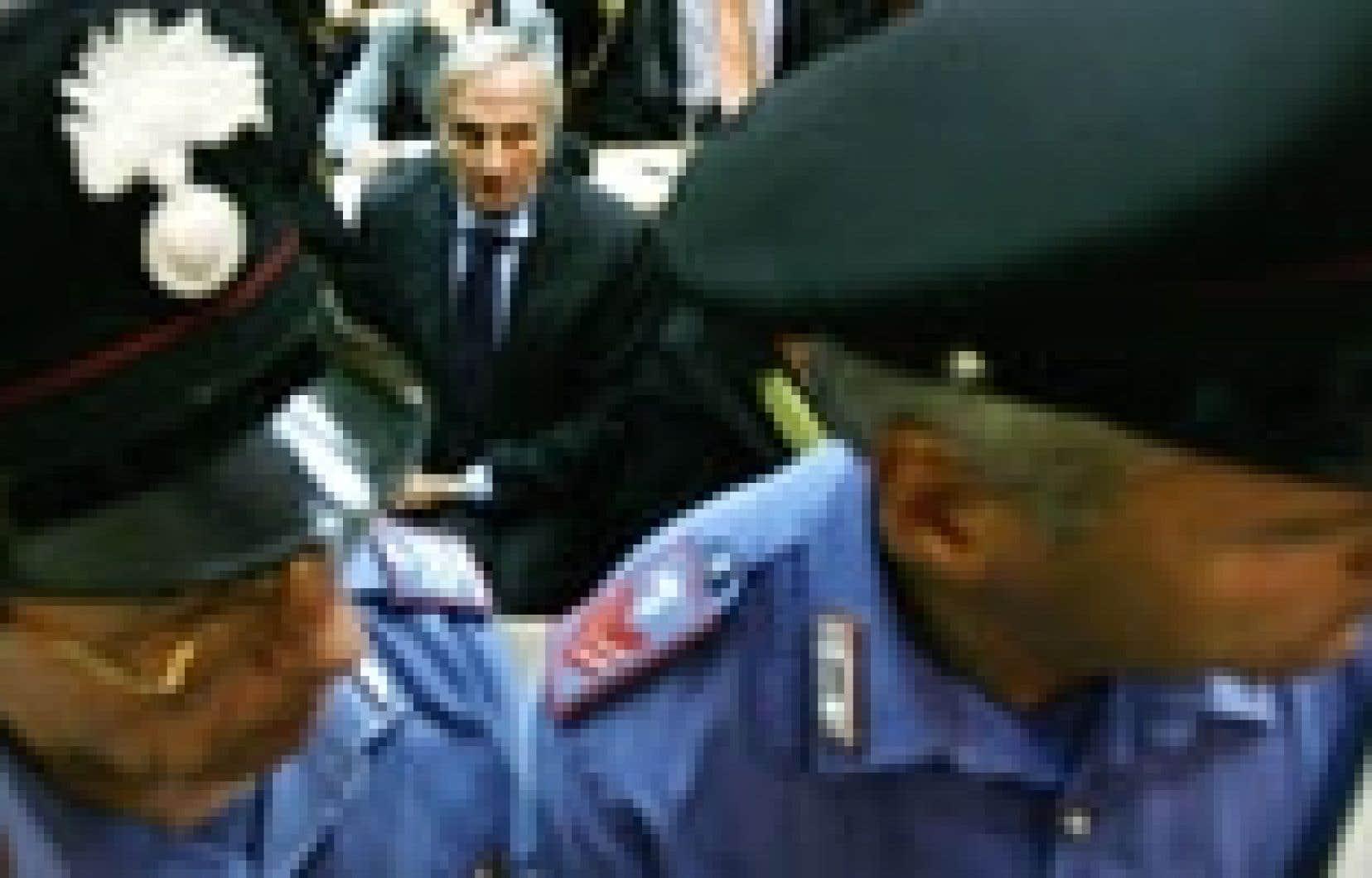 Le fondateur de Parmalat, Calisto Tanzi, au tribunal.