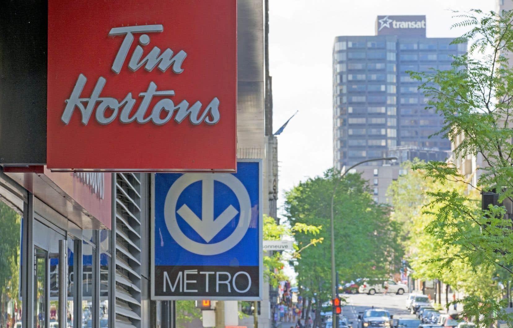 Les actionnaires de Tim Hortons recevront 65,50 $ en liquide et 0,8025 action de la nouvelle compagnie pour chaque action qu'ils détiennent.