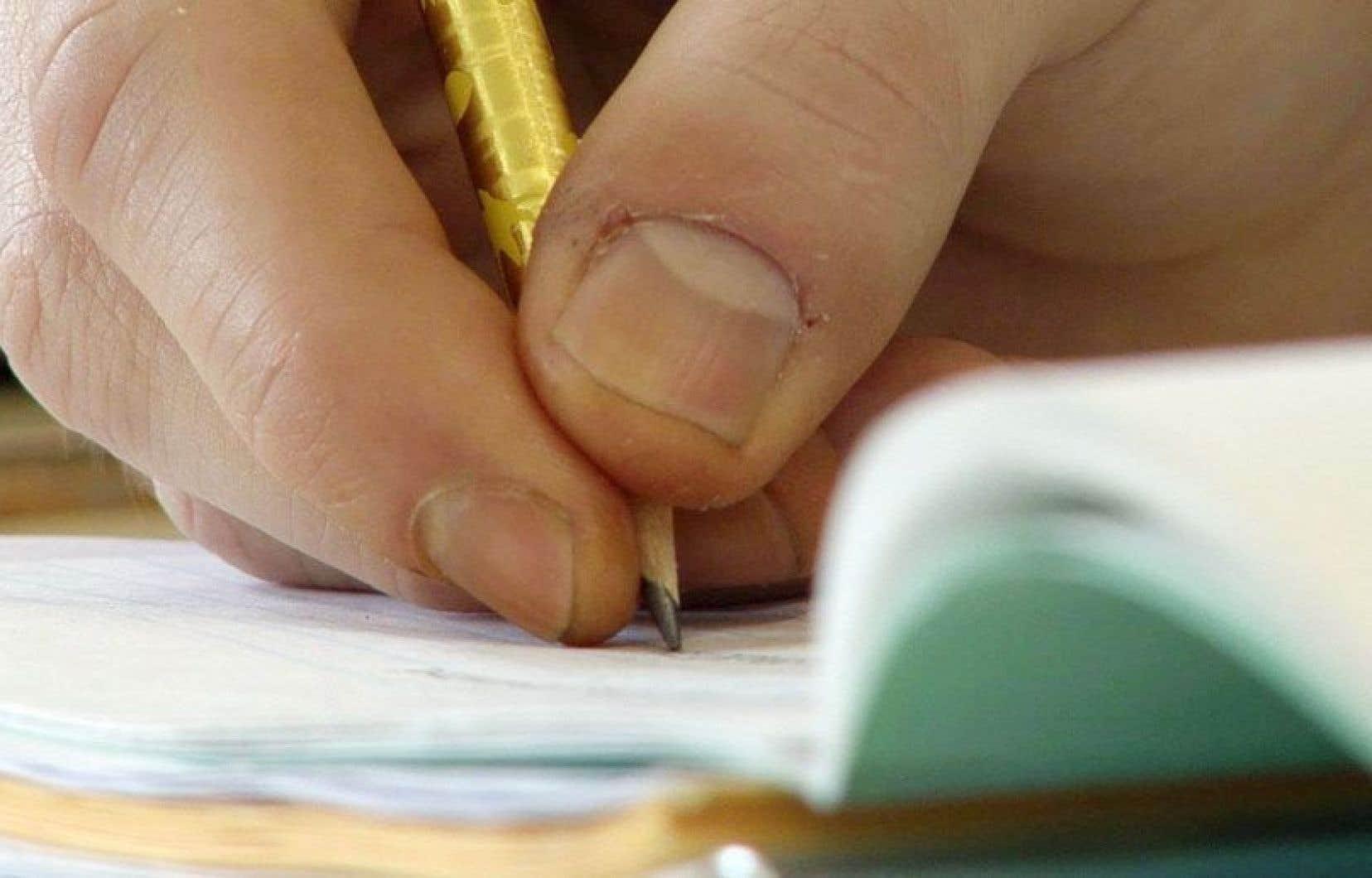 Le Train des mots permet à des adultes d'apprendre à lire et à écrire. Son objectif est de s'implanter dans toute la MRC de Memphrémagog.