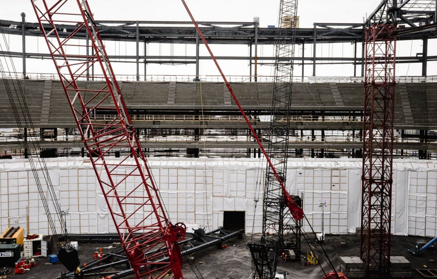 L'amphithéâtre de Québec en construction