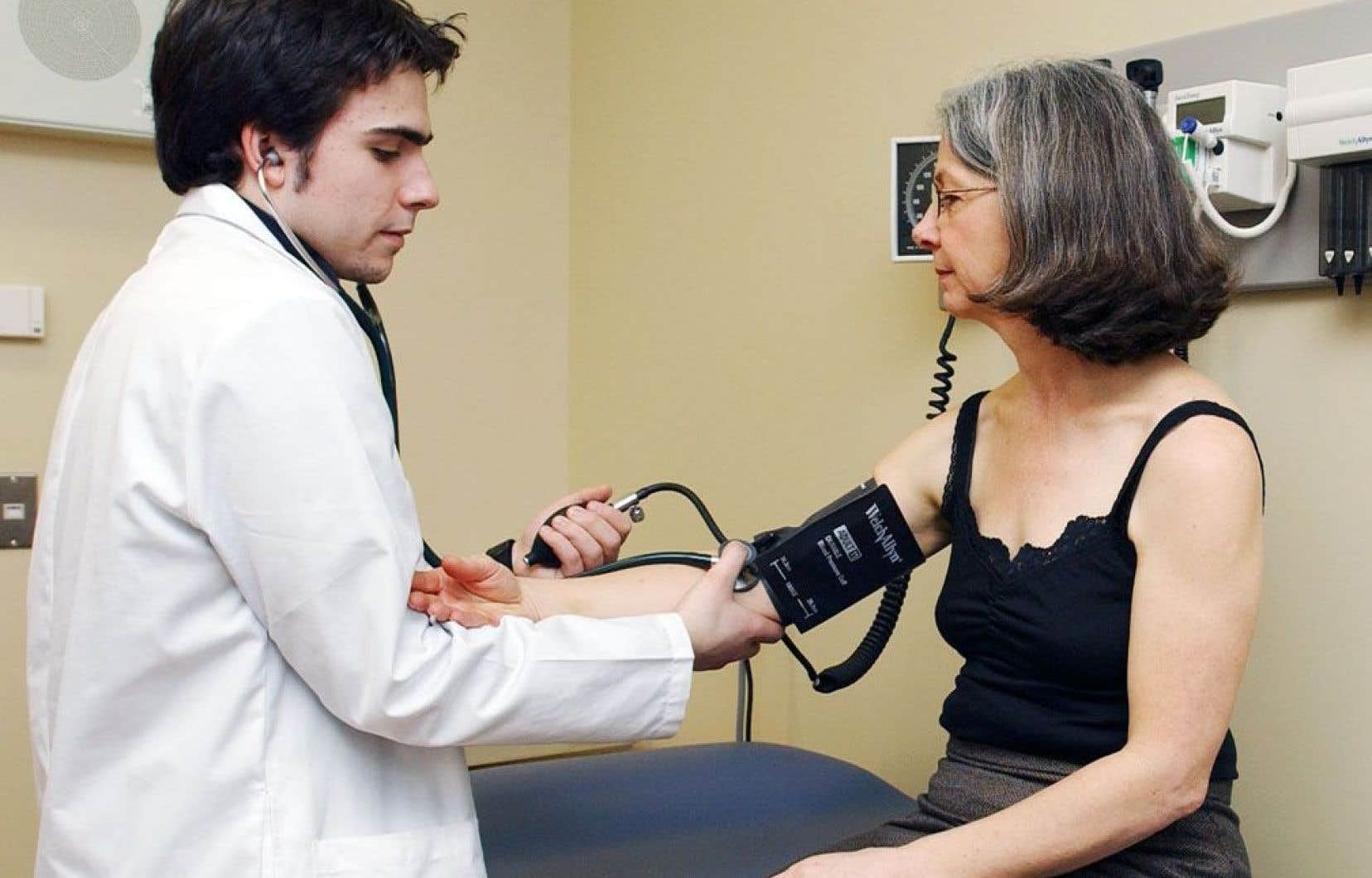 La Stratégie de recherche axée sur le patient (SRAP) cherchera à stimuler la recherche en santé de façon à ce qu'elle ait des retombées encore plus directes sur les patients.