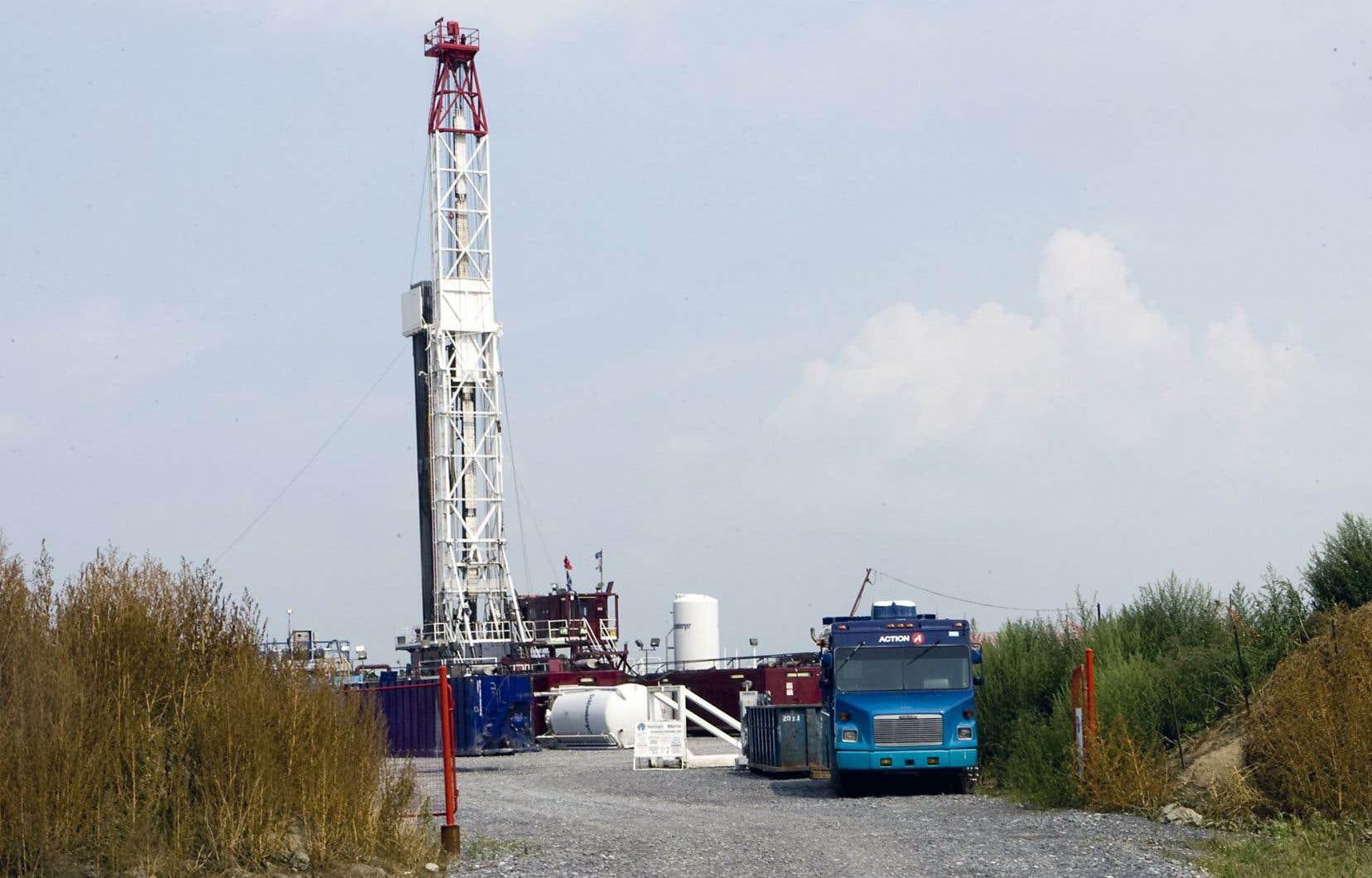 Le Collectif moratoire alternatives vigilance intervention s'oppose à l'exploitation des hydrocarbures, dont le gaz de schiste.