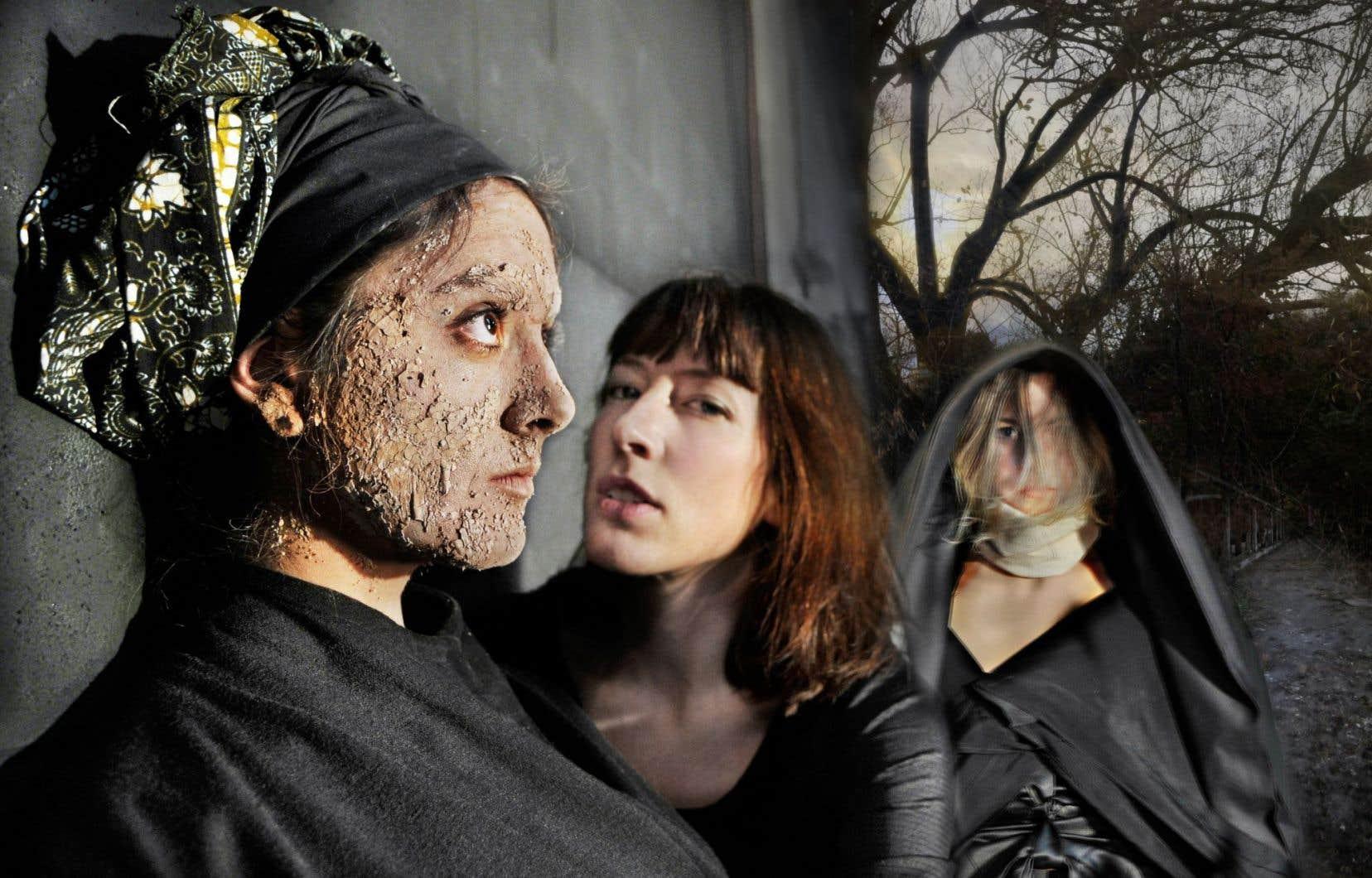 Tout au long de l'oeuvre, les interprètes Marie-Annick Béliveau, Anne Julien et Janet Warrington bougent en chantant, d'un pas souvent lent et même immobile.