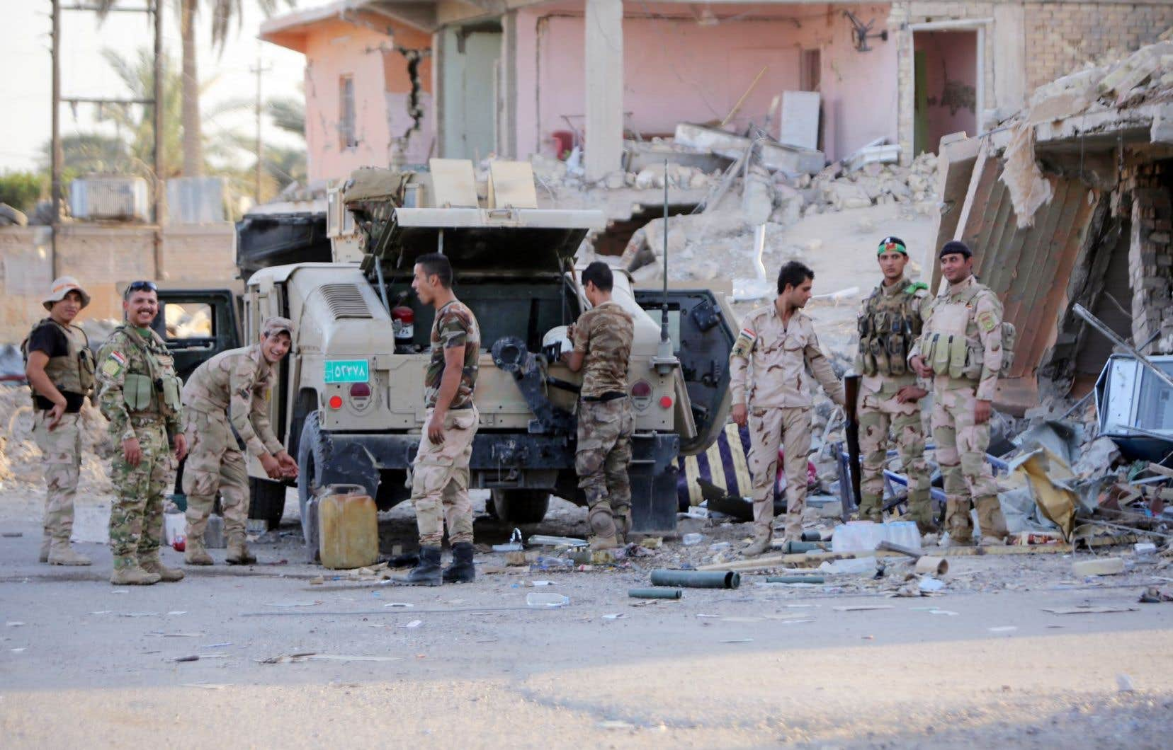Des soldats irakiens sont aussi présents à Doulouiya pour combattre l'EI.