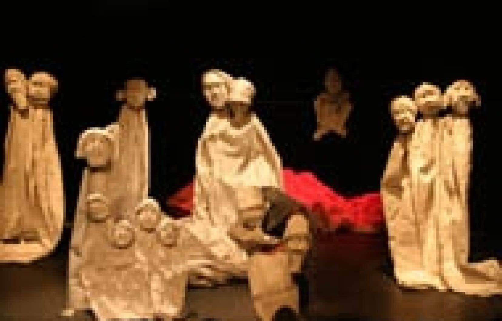 Source Festival mondial des arts pour la jeunesse Horta van Hoye donnera vie aux contes inuits de Jacques Pasquet grâce à ses personnages de papier mesurant jusqu'à trois mètres de haut.