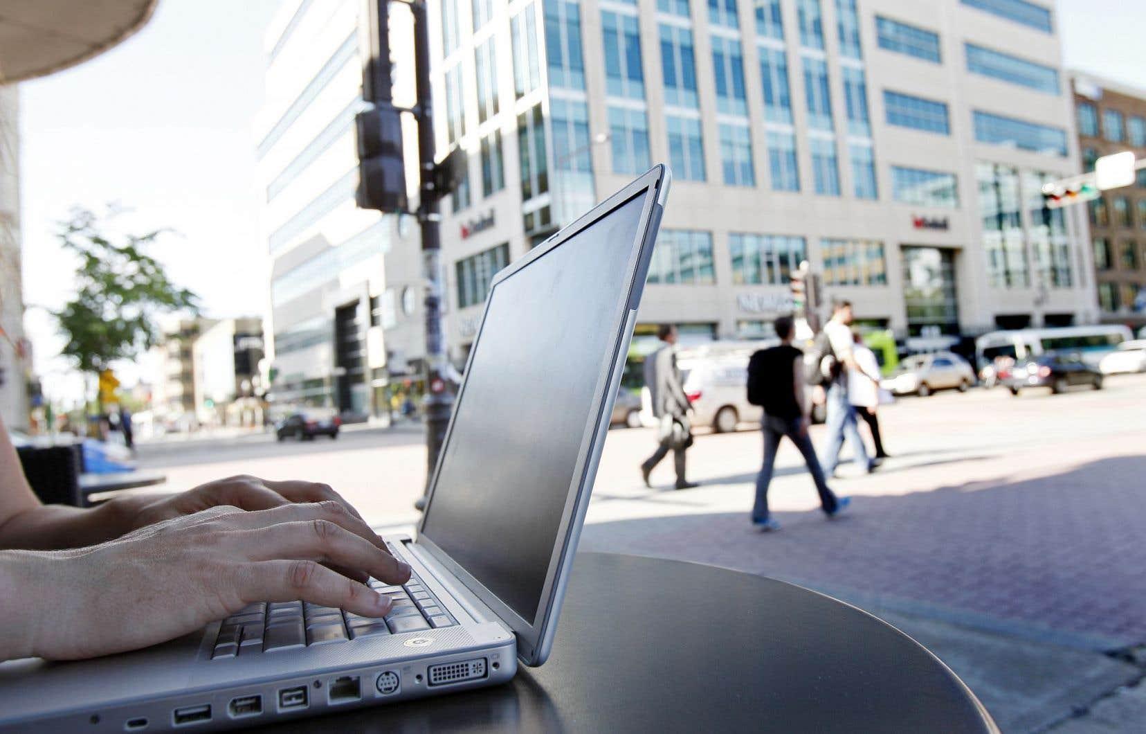 Malgré l'enthousiasme suscité par les cours en ligne ouverts et gratuits, le taux d'abandon reste important.