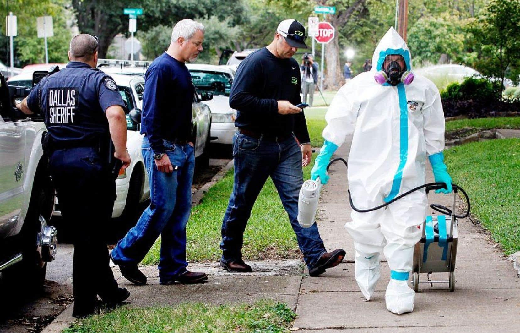 Dans la crise de l'Ebola, la surabondance d'informations embrouille au lieu d'éclairer.
