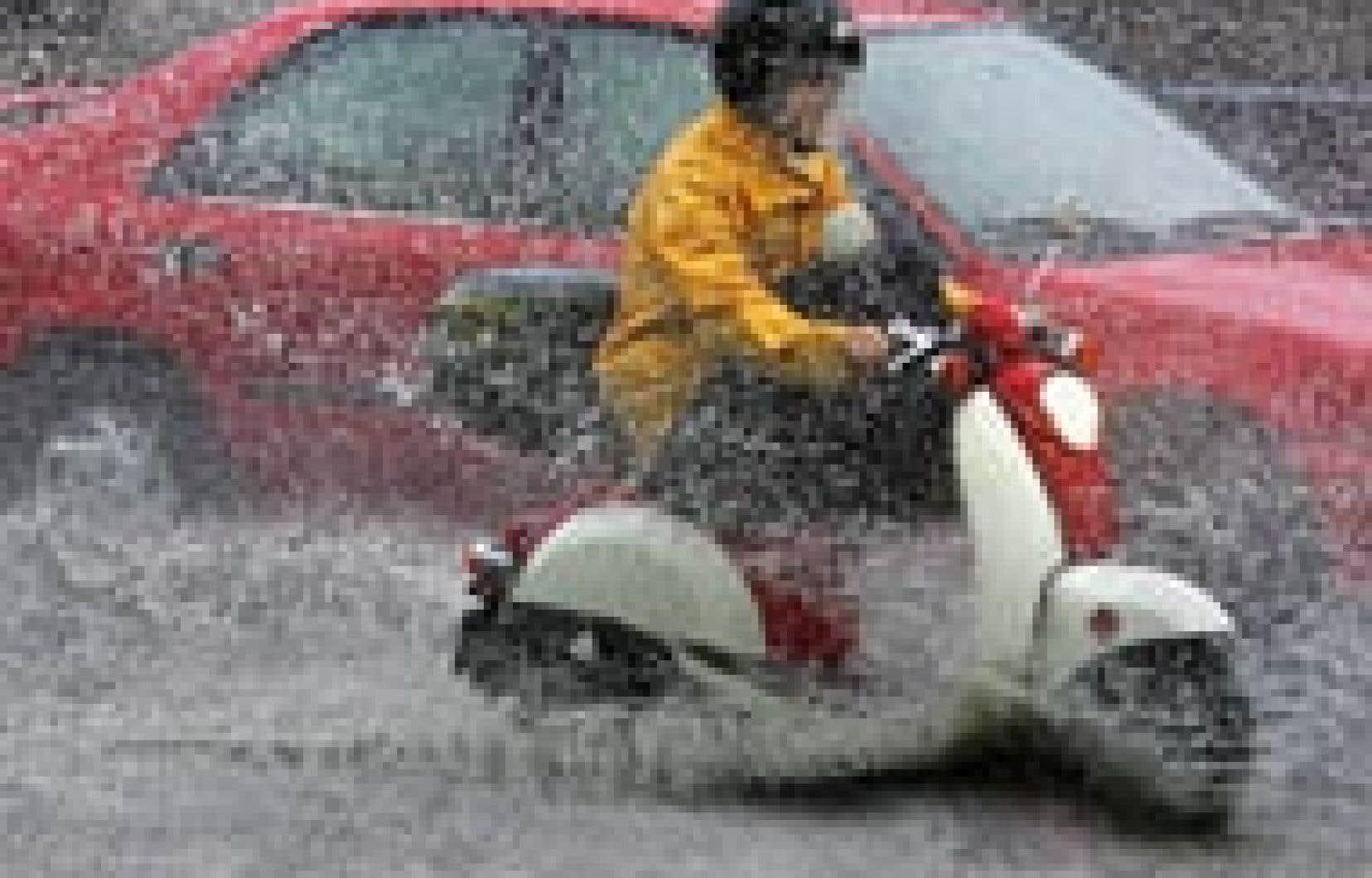 Les relevés de pluviométrie effectués par la Ville révèlent que les pluies du 14 juin dernier, qui ont touché le rond-point L'Acadie et le territoire adjacent, n'étaient pas exceptionnelles avec 31,5 mm et 33,5 mm d'eau tombée en une heure.