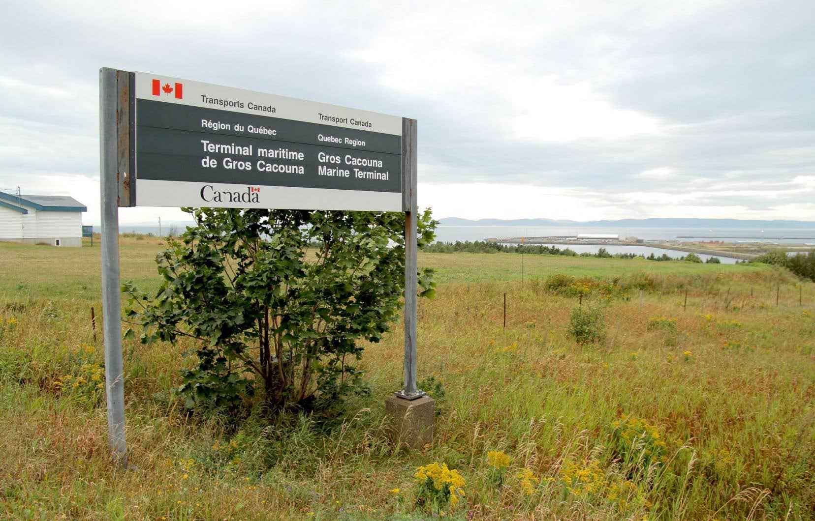 Les impacts et les risques d'Énergie Est concernent le Québec, et il revient au Québec d'évaluer les impacts du projet qui nécessitera la construction du port pétrolier de Cacouna.