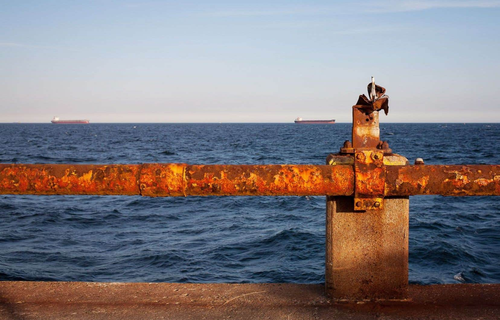 Un panorama depuis le quai de chargement de Port-Cartier