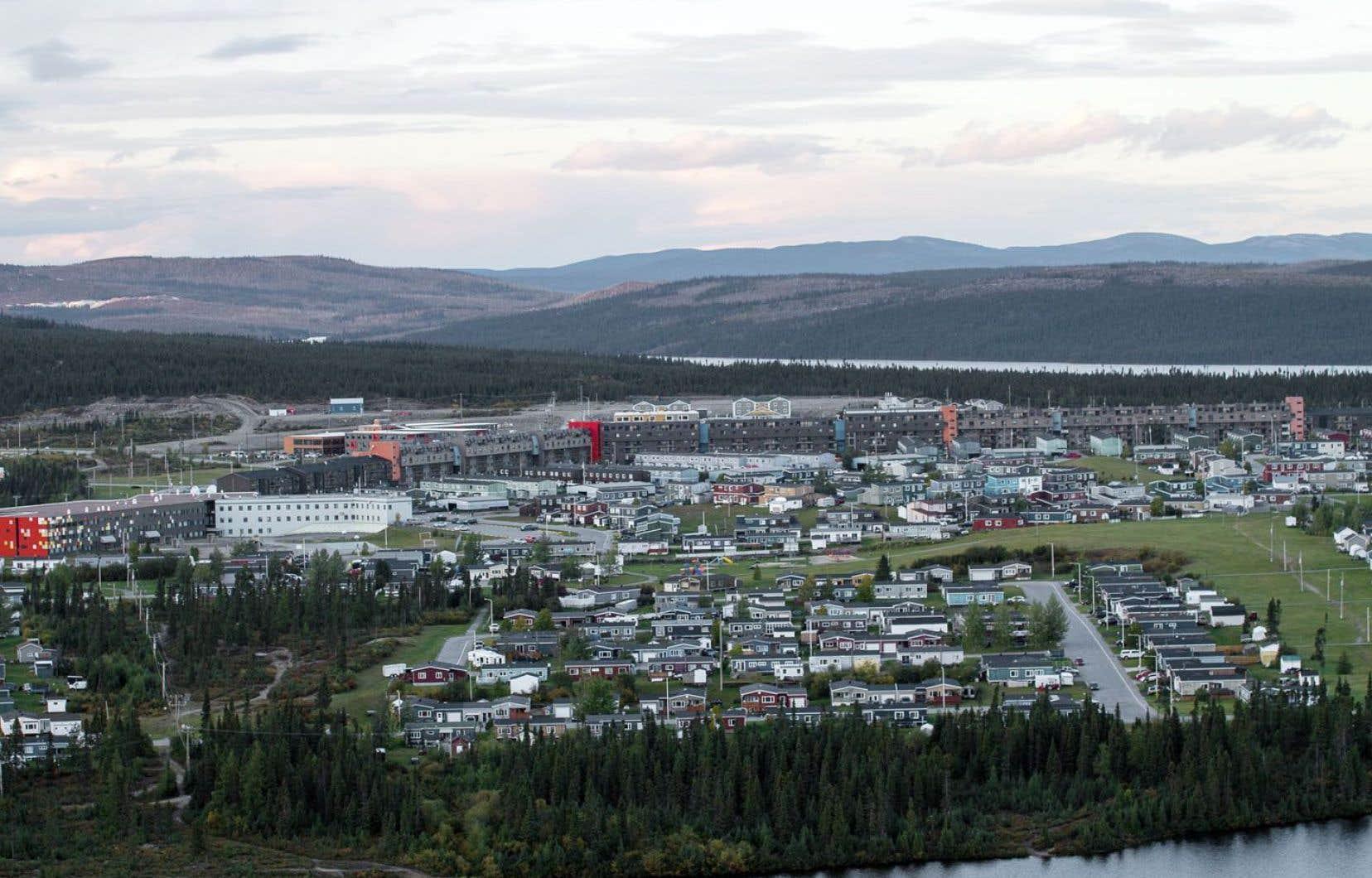 Une vue de la ville de Fermont depuis le mont Daviault