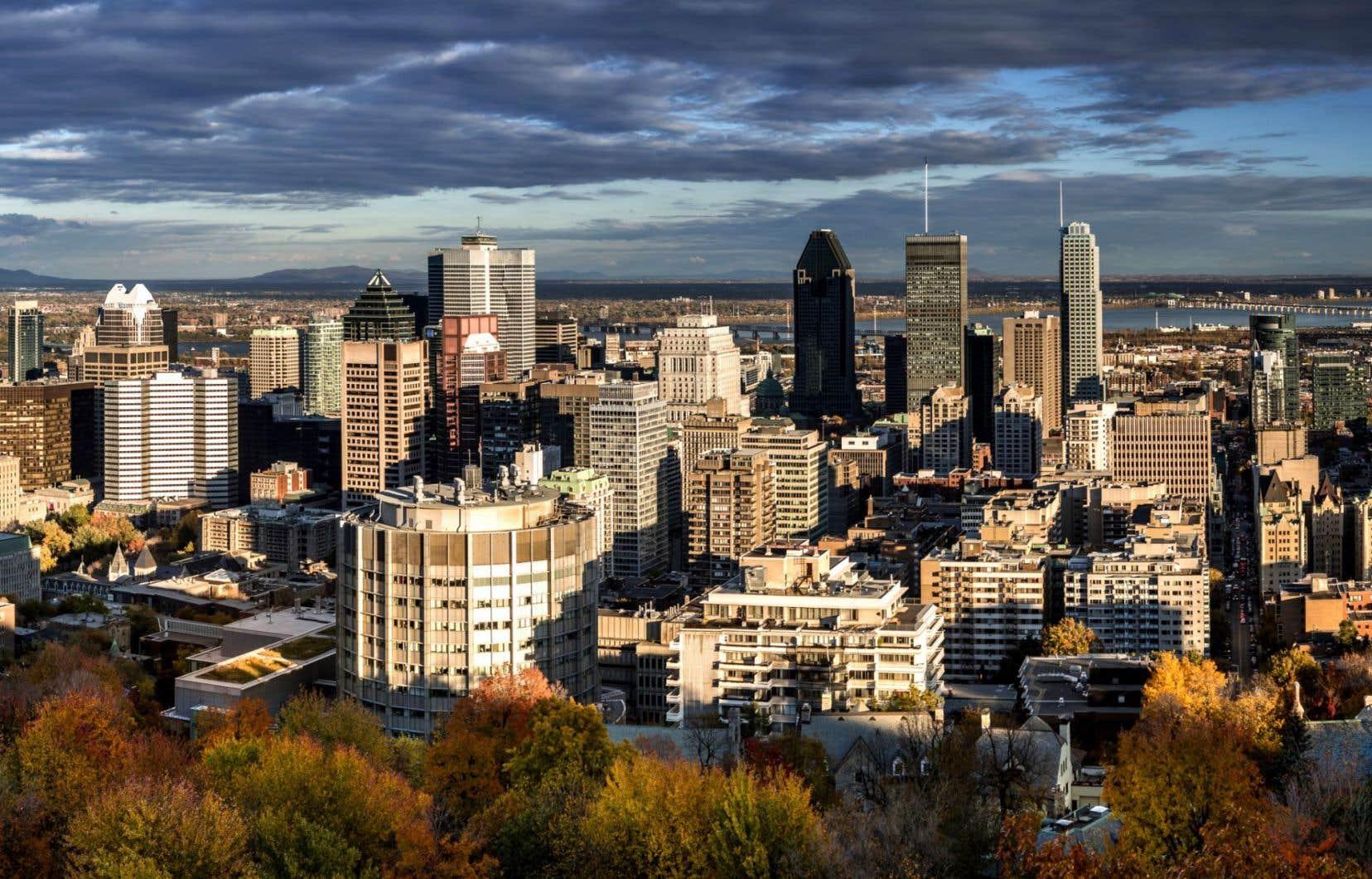 En matière d'emploi, la région métropolitaine Montréal affiche le deuxième taux de chômage, soit 8,1 %, derrière la région de Toronto (8,2 %).