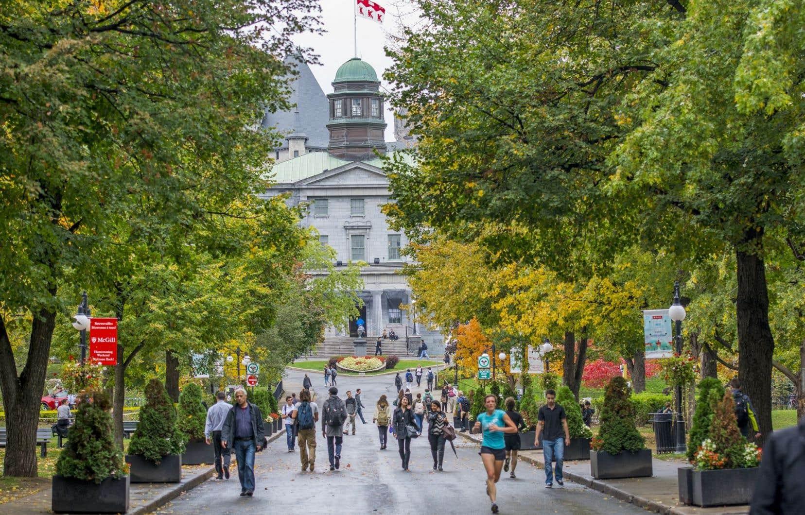 Québec impose aux universités une coupe de 32 millions qui s'additionne aux 172 millions déjà retranchés.