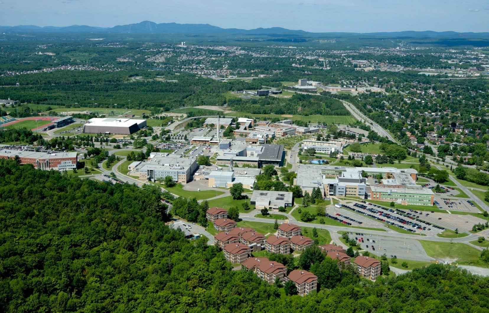 Le campus principal de l'Université de Sherbrooke.