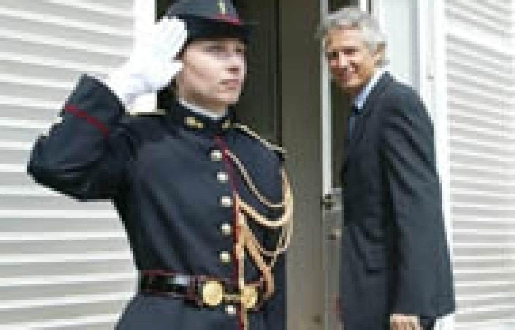 Dominique de Villepin s'est rendu au Sénat hier.