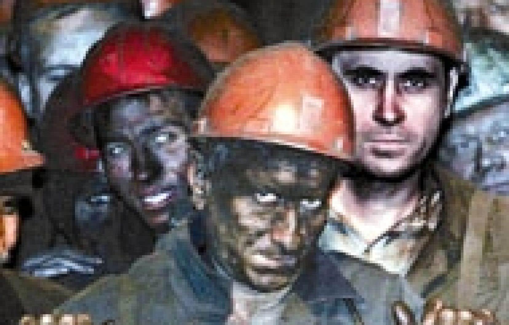 Fin du quart de travail dans cette mine de charbon ukrainienne. Selon l'Agence internationale de l'énergie, le charbon fournira 40 % de l'électricité mondiale d'ici 15 ans.