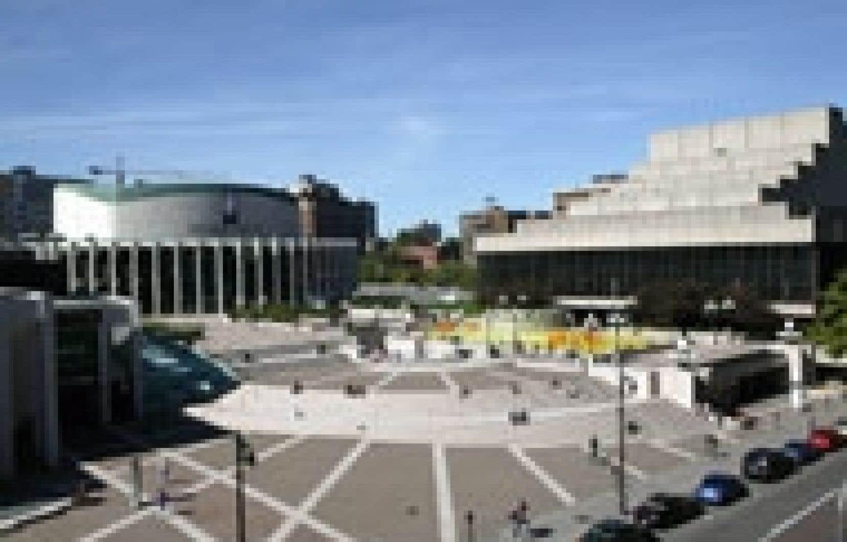 L'emplacement le plus susceptible de recevoir la nouvelle salle de l'OSM est au nord-est de l'esplanade de la Place des Arts.