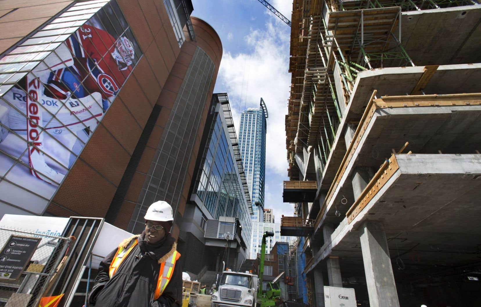 Le chantier de la Tour des Canadiens, au centre-ville de Montréal