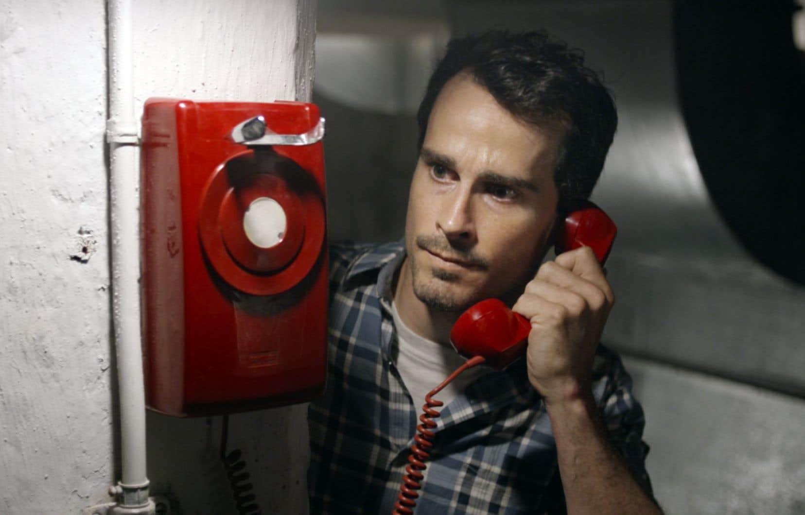 Dans le premier épisode de «Missing», Roy Dupuis joue le rôle de Sam, un détective qui enquête sur une série de disparitions, tandis que Patrick Hivon (photo) incarne la dernière victime en date, Dave, que le joueur-spectateur doit aider en faisant avancer l'intrigue.