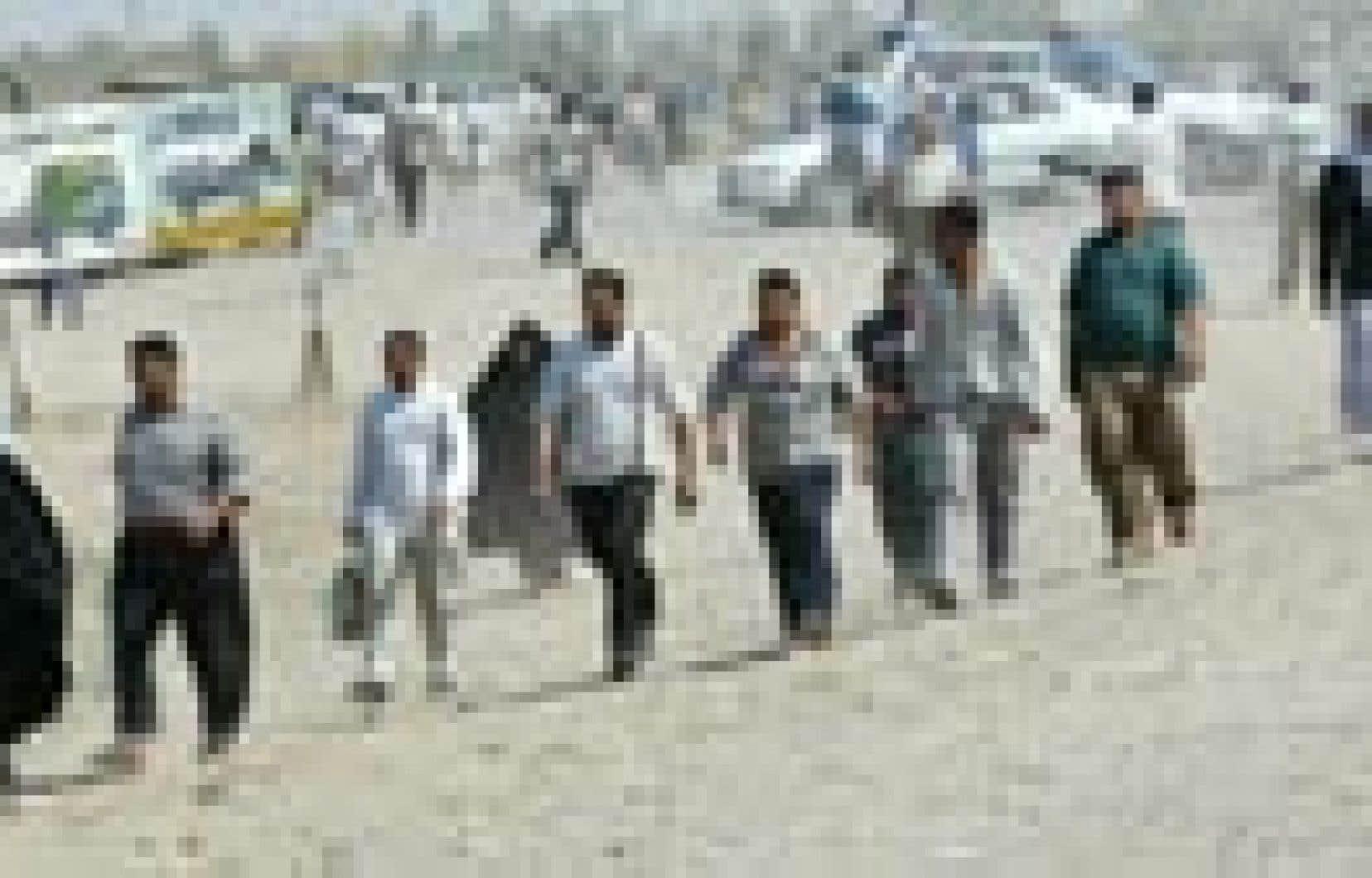 Hier, des Irakiens de Madaïen ont été forcés d'évacuer leur ville assiégée.