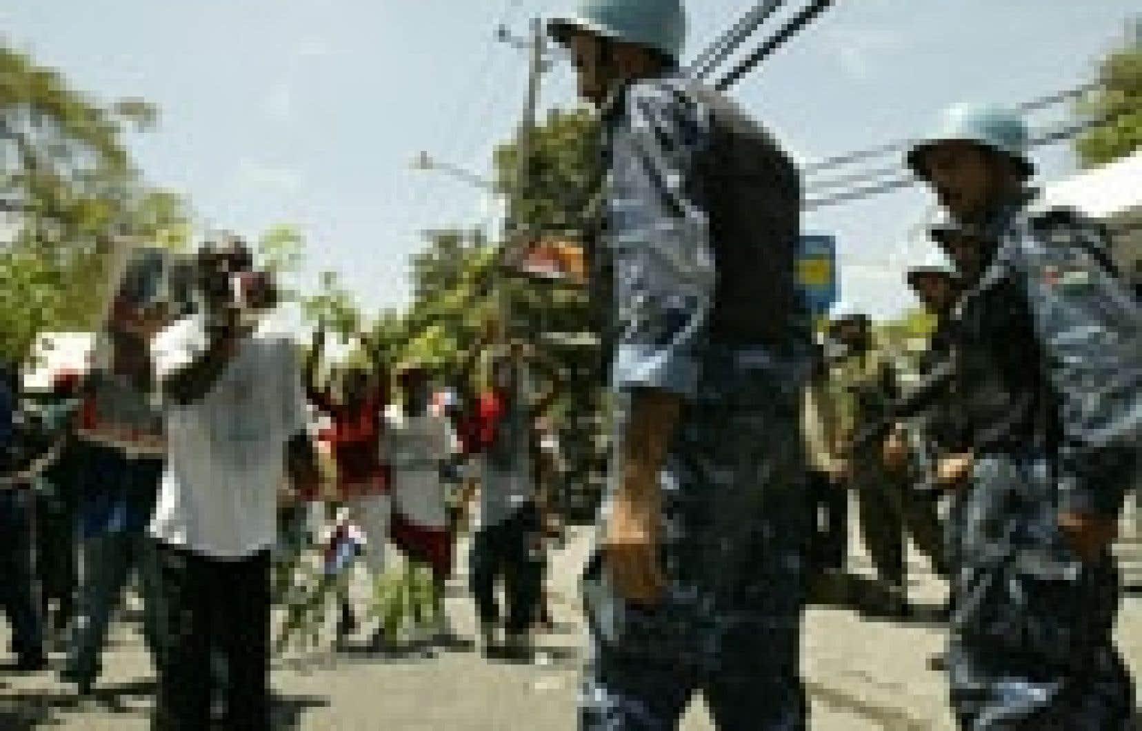 Des manifestants ont exigé la démission du premier ministre Gérard Latortue.
