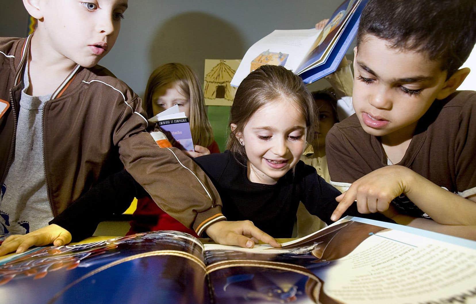 Le programme offrait un grand choix de livres pour les enfants.