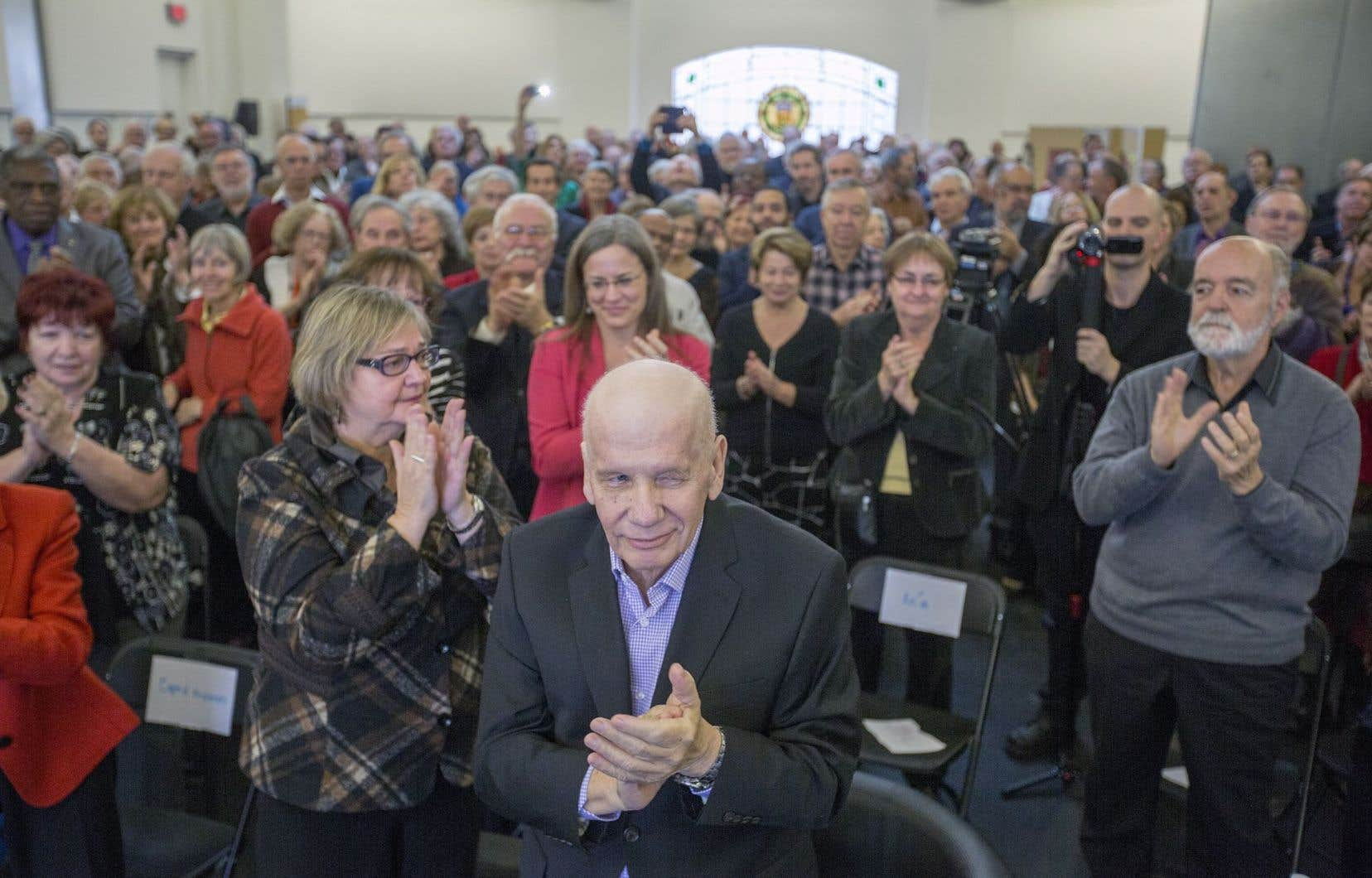 L'ex-maire de Montréal Jean Doré fêtait aussi son 70eanniversaire.