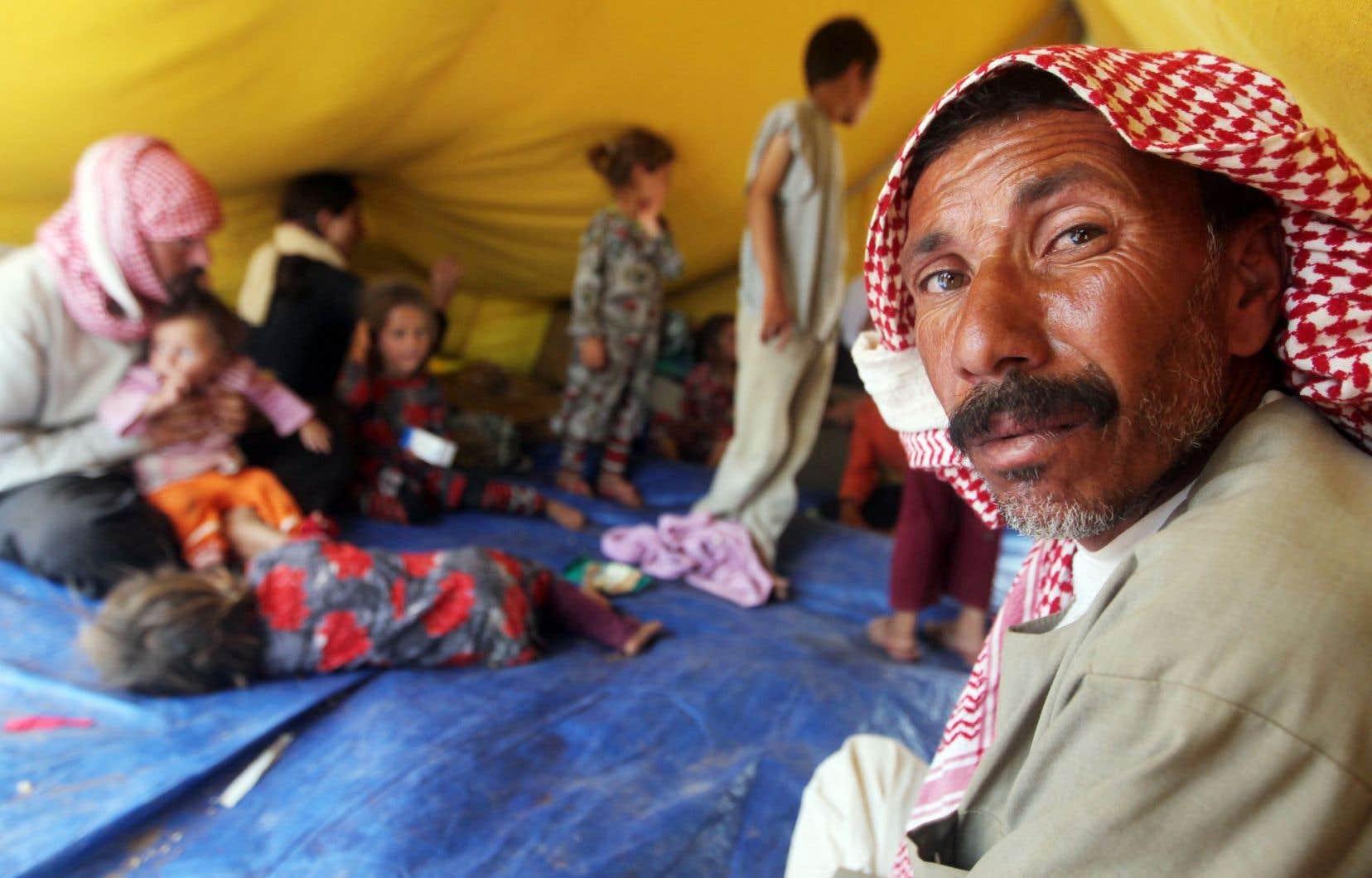 Des yézidis irakiens vivent dans le camp de réfugiés de Newroz, en Syrie, depuis que le groupe État islamique y a étendu ses tentacules.