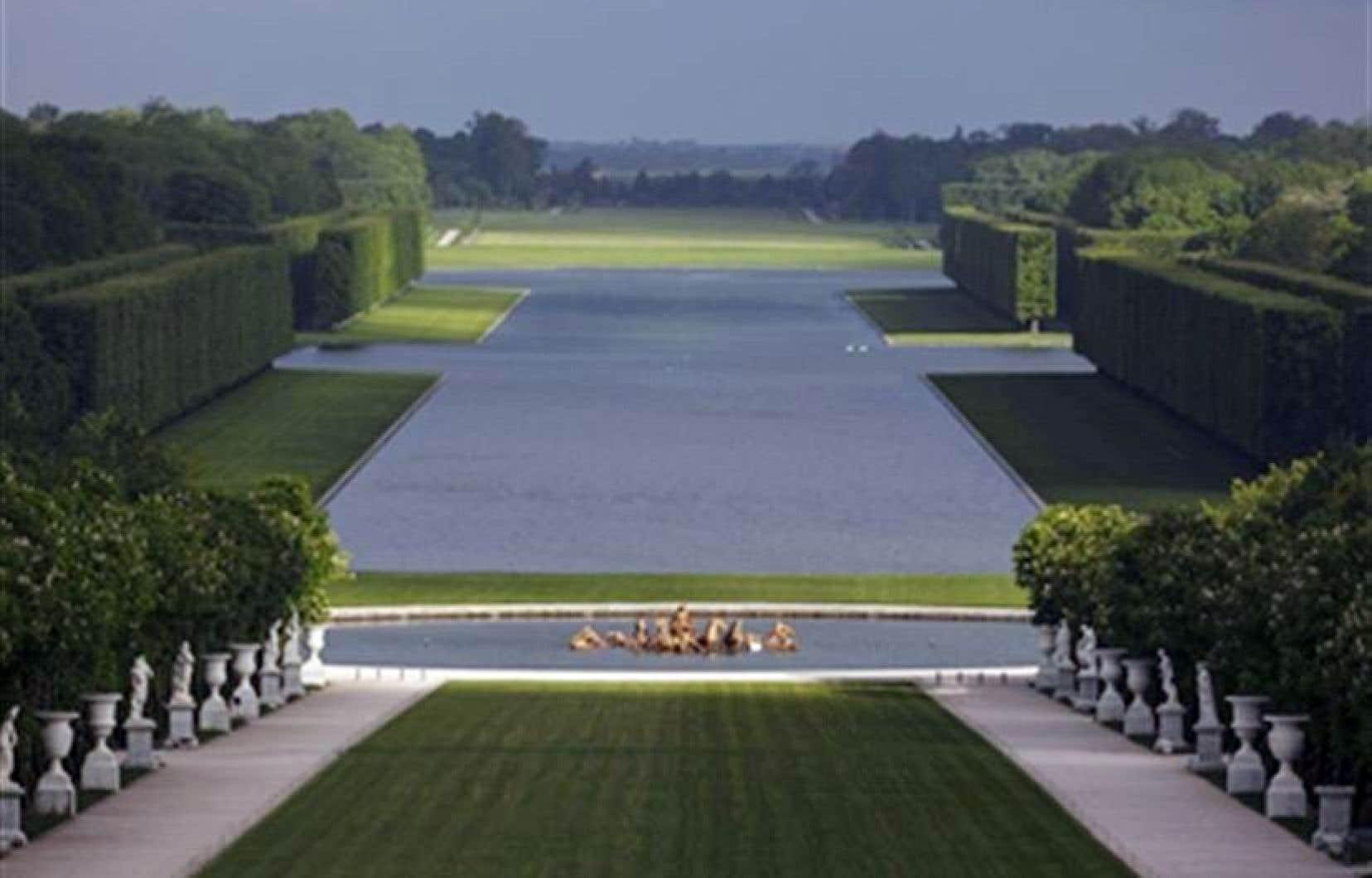 Les Jardins De Versailles Herve Ternisien Le Devoir