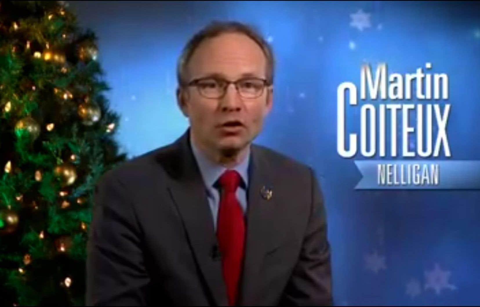 Le président du conseil du Trésor, Martin Coiteux, a transmis des voeux qui ont soulevé de vives réactions.