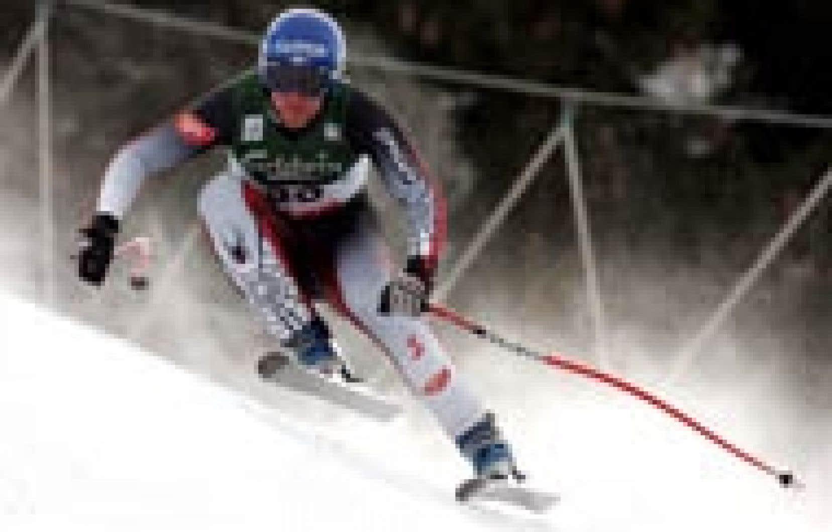 Le gagnant de la descente de Bormio, Johann Grugger.