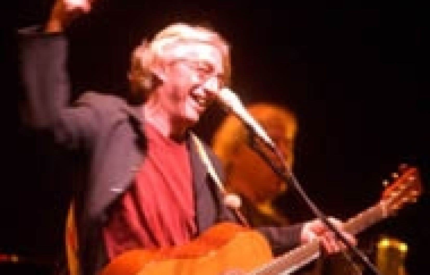 Richard Desjardins s'est amusé ferme lors de sa tournée Kanasuta.