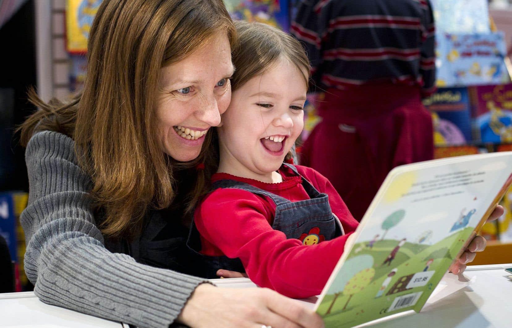 D'après l'étude, 77% des enfants disent que la majorité des livres qu'ils ont lus étaient des livres de papier.