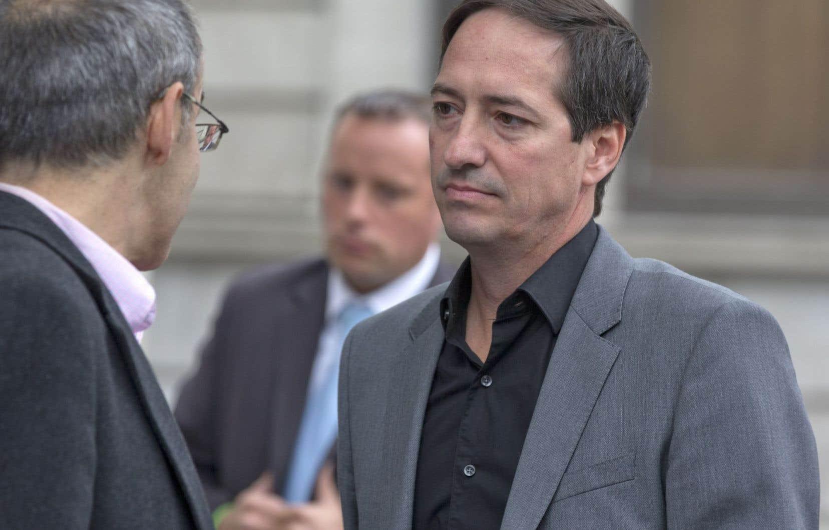 Le chef intérimaire Stéphane Bédard