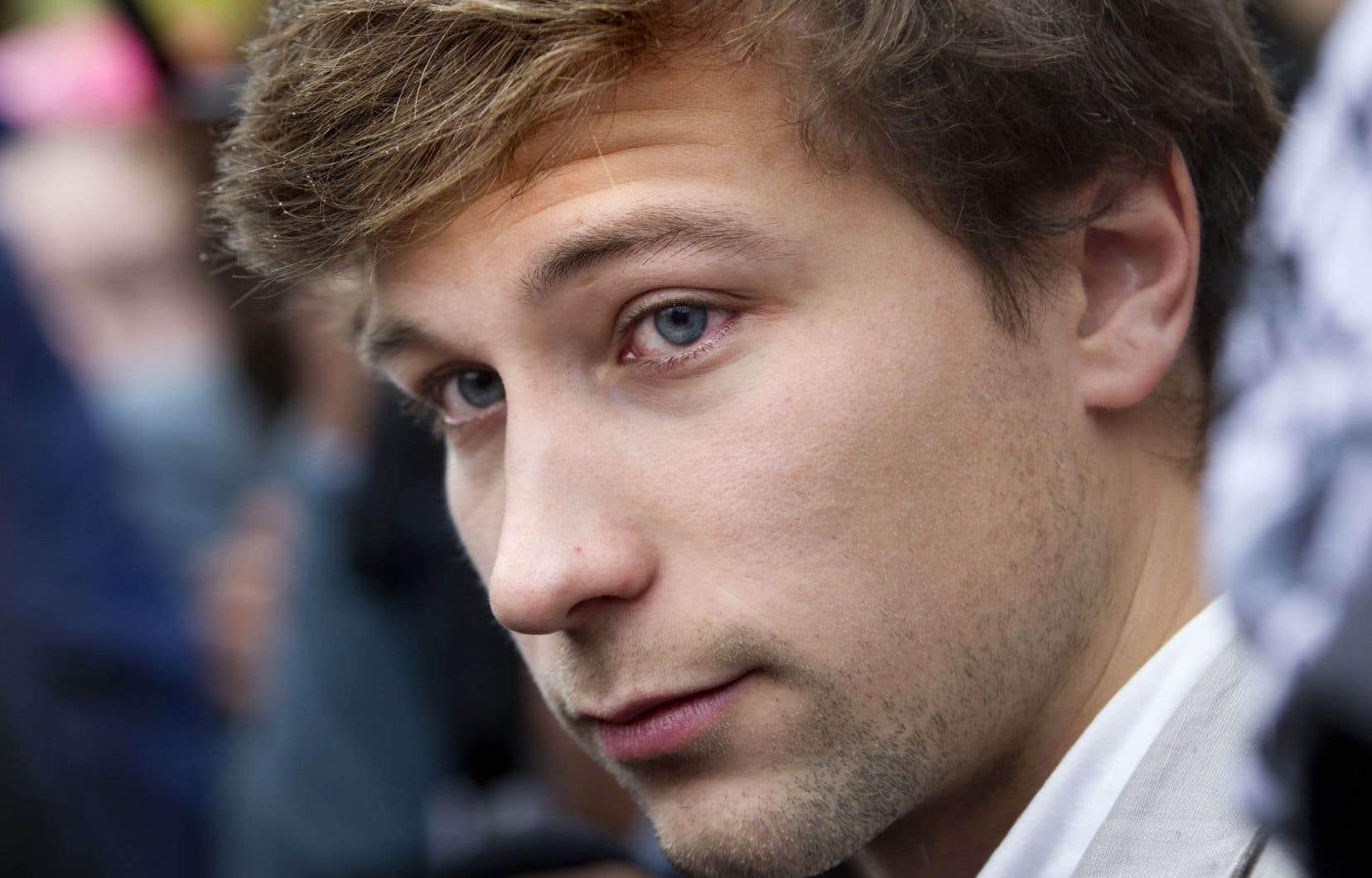 L'ex-porte-parole étudiant Gabriel Nadeau-Dubois a été acquitté par la Cour d'appel d'accusation d'outrage au tribunal.